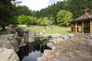 5-2-ユンニの湯-温泉差替え.jpg